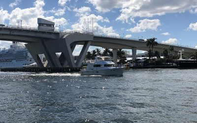 N5902 Arriving at the Fort Lauderdale International Boat show